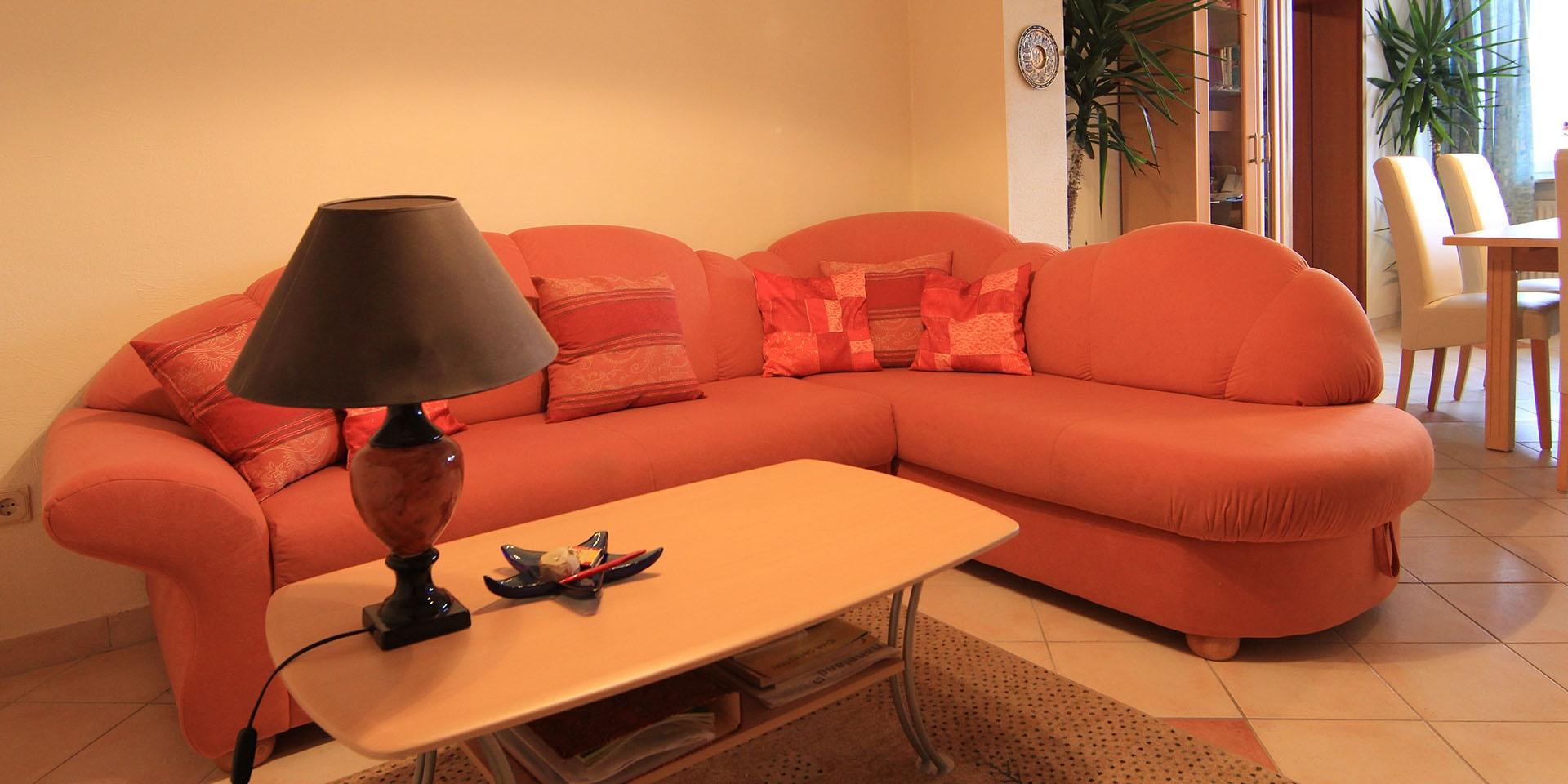 Mit bequemer Couch